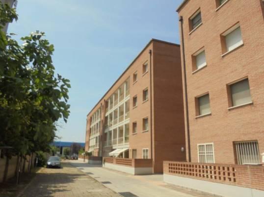 6 appartamenti all 39 asta con 3 camere da letto casatuaweb for Camere da letto del sud